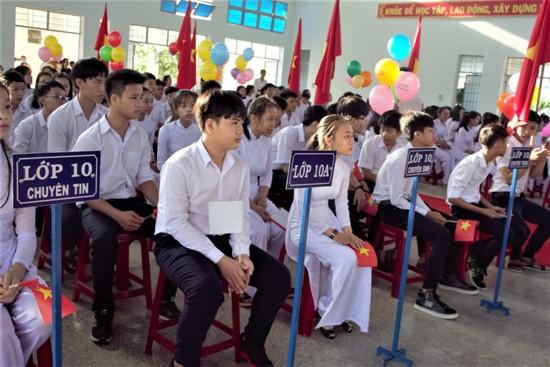 Lễ khai giảng năm học 2017 - 2018 Trường THPT Chuyên Chu Văn An