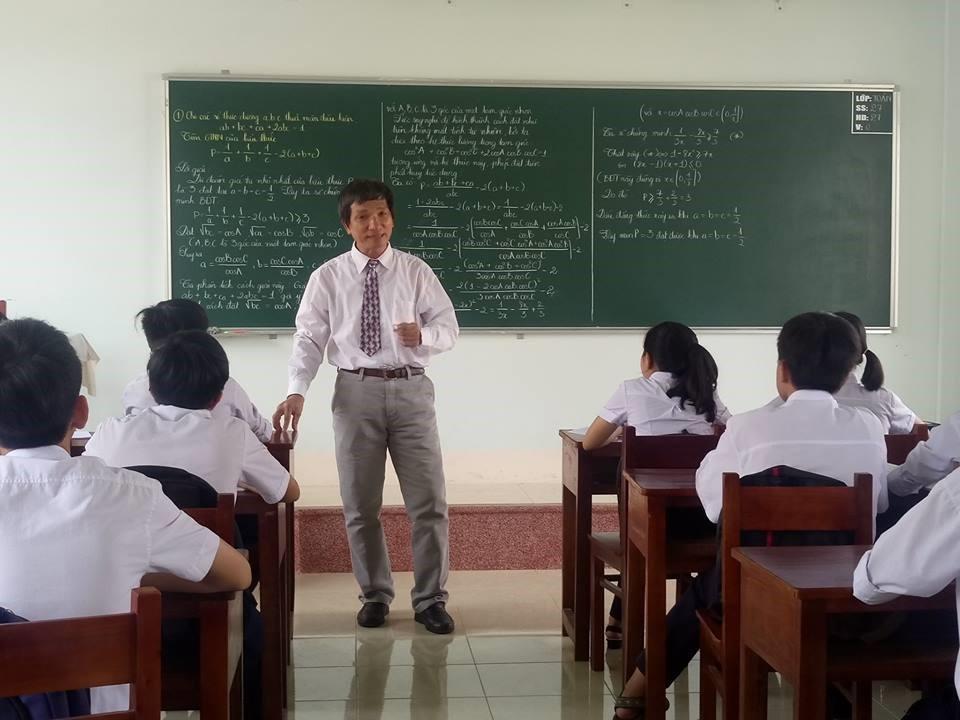 Phóng sự về những giáo viên mẫu mực của tỉnh Bình Định