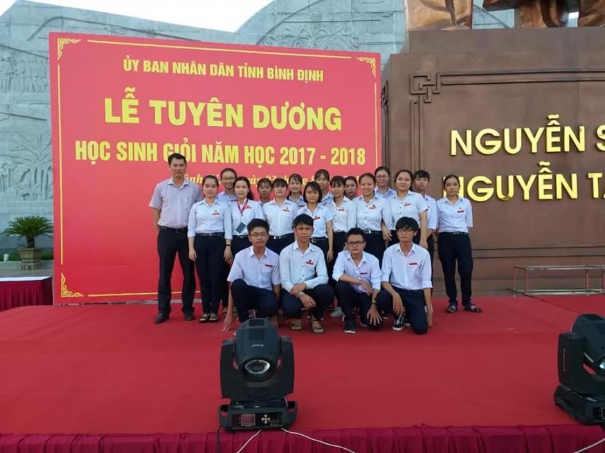 Lễ tuyên dương học sinh giỏi năm học 2017 - 2018